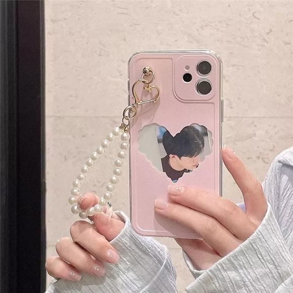iphone 12proMax phone case(Brand new)